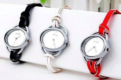 6730c2d2b50 Elegantní dámské hodinky Julius