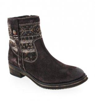 Dámská a pánská kolekce zimní obuvi Wrangler  d8ec5ce958