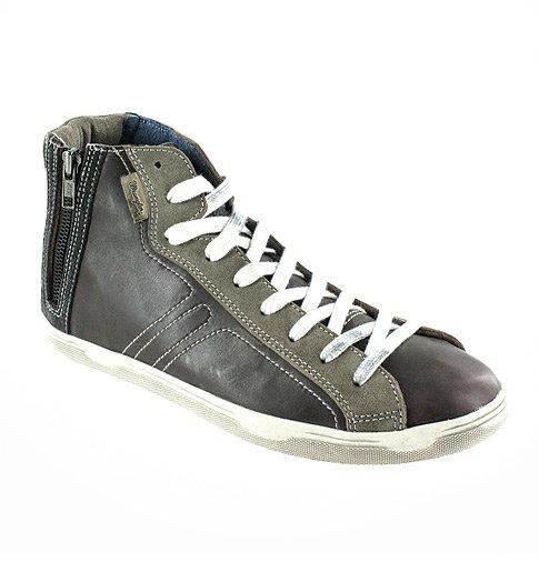 48 % sleva na dámské a pánské kožené boty Wrangler  7cf2fae968