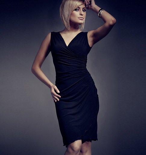 Společenské černé šaty s řasením v pase Figl ad5877ba21