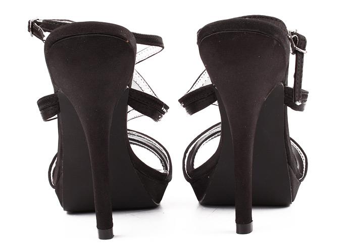 Netradiční plesová obuv na vysokém podpatku eb8ac2d5d1