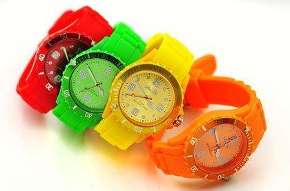 Silikonové analogové hodinky  4622865449