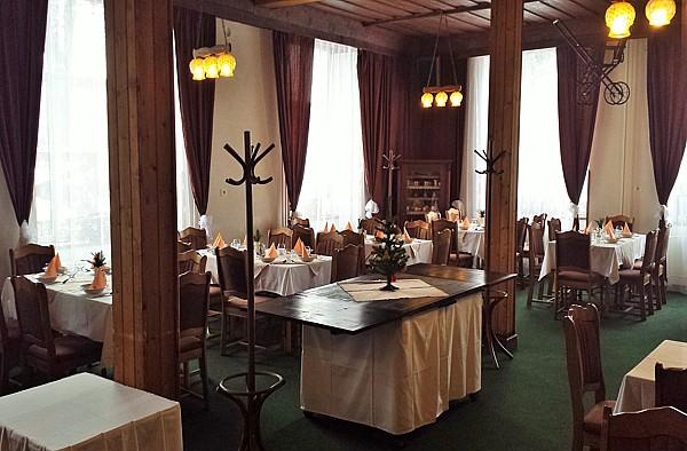 Hotel Karolína, Harrachov – bufetové snídaně a tříchodové večeře