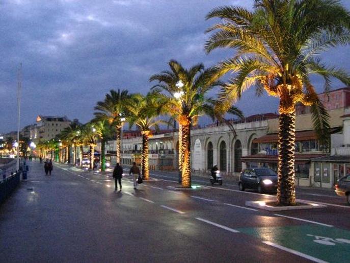 Autobusový zájezd do Cannes