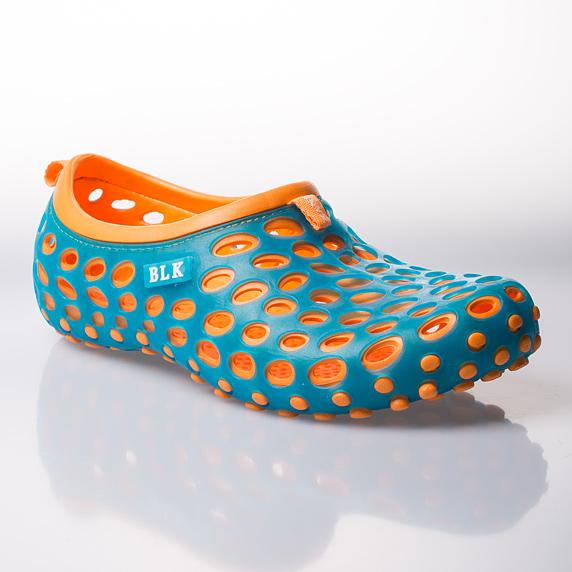 1acec008362 Sleva  dámské a pánské boty do vody – cena 329 Kč