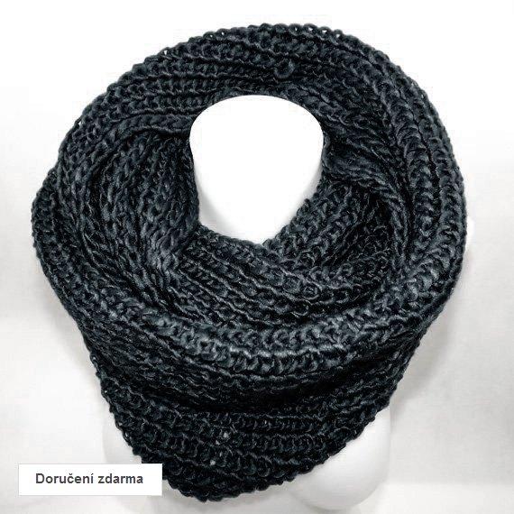 e65538f56c0 Akce a slevy zboží  pletené šály