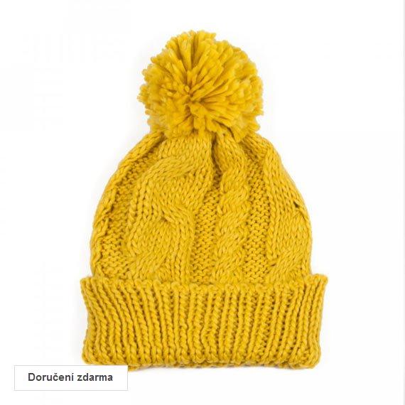 b0dbba53256 SLEVA na zimní doplňky pro ženy  pletené čepice s bambulí za 249 Kč ...