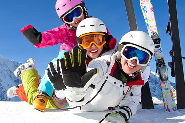 Lyžařské zájezdy a zimní dovolená nejen v Alpách