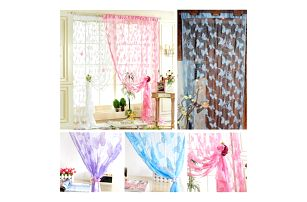 Záclona s motýlím motivem