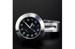 Analogové hodiny na motorku - chromované