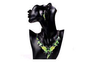Set náušnic a náhrdelníku v podobě motýlů
