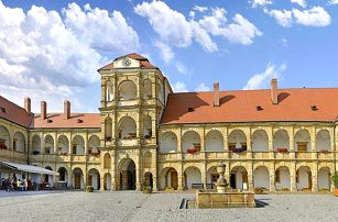3, 5 nebo 6denní pobyt pro 2 osoby s polopenzí v penzionu Best v Moravské Třebové