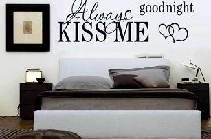 Samolepka na zeď - Vždycky mě polib na dobrou noc