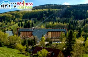 Wellness pobyt v Harrachově pro 2 osoby v Hotelu Fit Fun*** + 2 děti do 10 let zdarma včetně polopenze a vstupu do bazénu