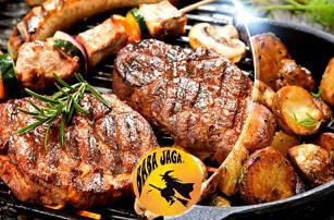 Masový mix grill pro dva: vepřový steak z krkovice, kuřecí steak, hranolky, brambory a další