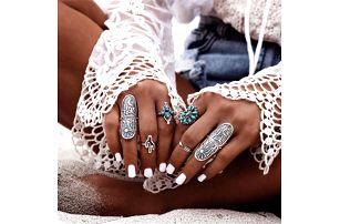 Sada vintage prstenů ve stříbrné barvě - 9 kusů