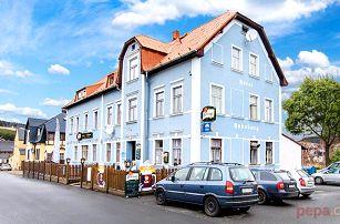 3–6denní zimní pobyt pro 2 se snídaněmi v hotelu Habsburg v Krušných horách