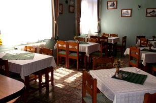 Nízké Tatry - Horehroní, 3 či 4 dny pro dva: polopenze, neomezené wellness, billiard a možnost bowlingu