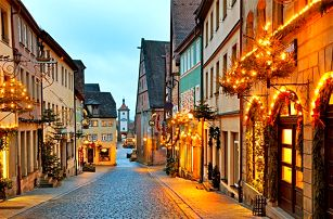 1denní adventní zájezd do německých měst Rothenburg a Dinkelsbühl pro 1