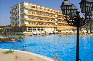 Kypr, Kyrenia, letecky na 8 dní s polopenzí