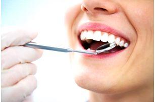 Špičkový zubní implantát včetně nasazení protetikem, rentgenu a kontroly u metra Florenc