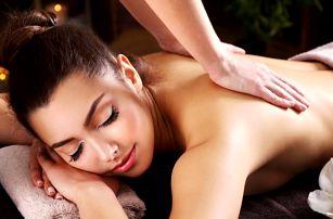 Relaxační masáž spojená s reflexologií chodidel