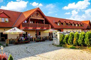 3–6denní pobyt s polopenzí pro 2 v podhůří Jizerských hor v hotelu Farma Vysoká***