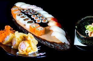 Bohatá degustační japonská večeře pro 2 osoby