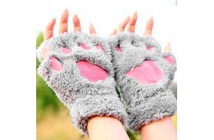 Dámské rukavice v podobě zvířecích tlapek
