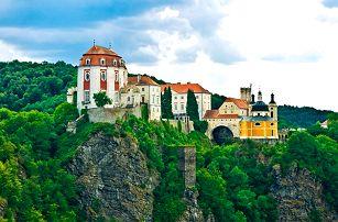 3denní pobyt pro 2 osoby s konzumací vín ve Vranově nad Dyjí v penzionu Helena