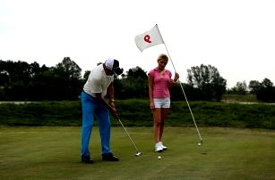 Skvělý golfový dárek: 3 hodiny výuky s video analýzou a následným rozborem od trenéra PGA C!
