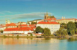Jaro v prosluněné Praze se snídaní i masáží