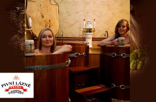 Hodinový relax v BBB Pivních Lázních v Praze s neomezenou konzumací piva