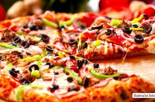 Dvě pravé italské pizzy v centru Liberce