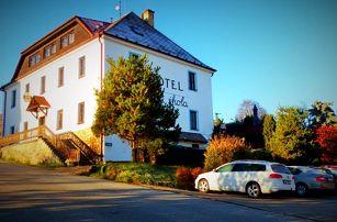 3 dny na Šumavě s polopenzí, zvýhodněným wellness a spoustou výhod pro dva v Hotelu Stará škola