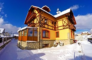 Vysoké Tatry pro DVA se saunou, fitness, polopenzí a slevou na skipasy