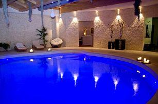 Itálie, Spoleto na 6 dní pro 2 osoby v luxusním 4* hotelu: snídaně, wellness, bazén a golf