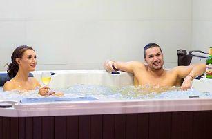 Za klidem na Lipno: Apartmá, wellness i lyže