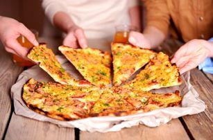 Bowling až na 4 hodiny + pizza dle výběru a laserová střelnice na 30 či 60 minut v Jaroměři