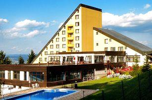 3 nebo 4denní pobyt pro 2 s polopenzí v hotelu Jelenovská v Bílých Karpatech