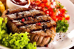 Mix grilovaných steaků pro dva včetně přílohy v hospůdce Baba Jaga