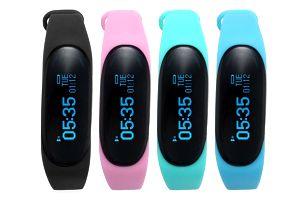 Chytré bluetooth hodinky - mix barev