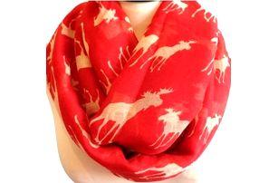 Elegantní šátek s motivem soba. Na výběr ve třech barvách béžová, červená, šedá.