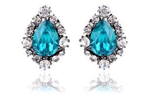 Luxusní krystalové náušnice ve více barvách