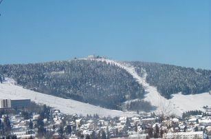 Krušné hory: 3-5 dní pro 1 či 2 osoby - polopenze, sauna, muzeum. Možný pobyt na Velikonoce