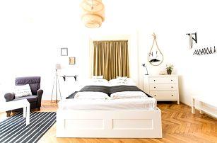 2–3denní pobyt se sektem v apartmánech Friday Songs v centru Prahy pro 2–4 osoby