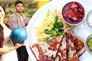 Mexická quesadilla a bowling pro partu přátel