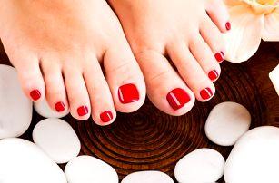 60minutová spa pedikúra + 15minutová masáž chodidel v salonu Beauty v Praze