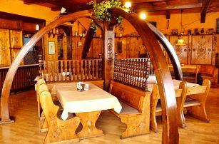 3–6denní pobyt pro 2 s romantickou večeří a lahví vína v hotelu Praděd v Jeseníkách