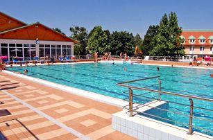 Relaxace v maďarských lázních Mosonmagyaróvár s neomezeným wellness pro DVA